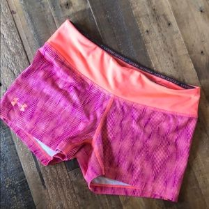 Under Armour heat gear fitted workout shorts S